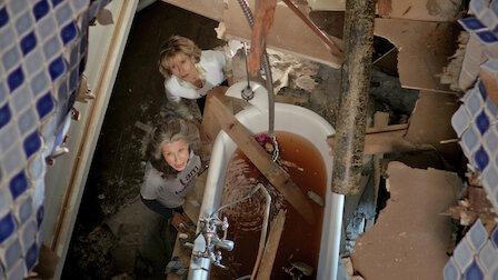 觀賞浴缸。第 4 季第 11 集。